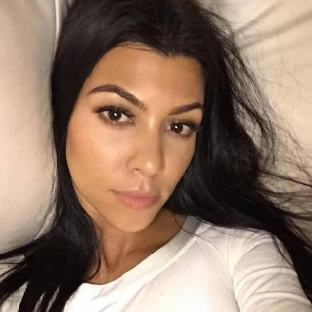selfie of kourtney kardashian