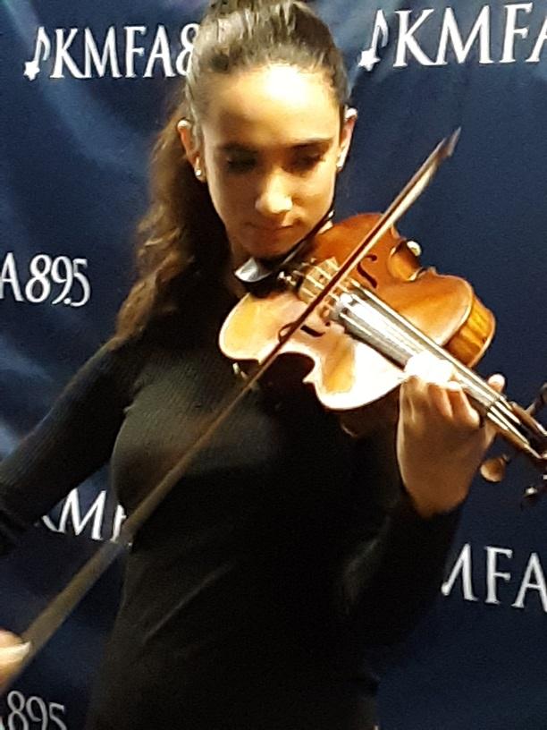 Sophia ayers w violin ts kmfa bkg
