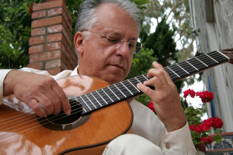 Kmfa austin classical guitar pepe romero 320x240