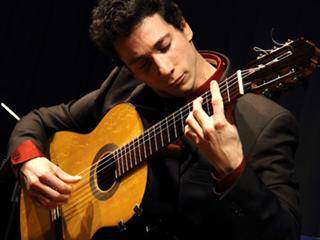 Kmfa austin classical guitar upclose online grisha 320x240
