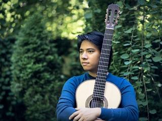 Kmfa austin classical guitar antran 320x240