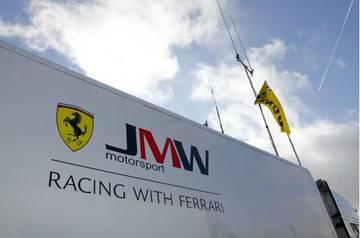 2013 Silverstone <span>&copy; JMW Motorsport </span>