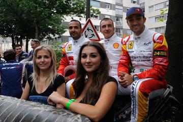 Enjoying the drivers' parade <span>&copy; JMW Motorsport </span>