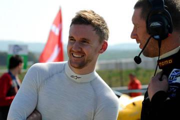 Welcome home James! <span>© JMW Motorsport </span>