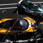 Busy Pitlane <span>© JMW Motorsport </span>