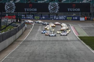 Race Start <span>&copy; ELMS </span>