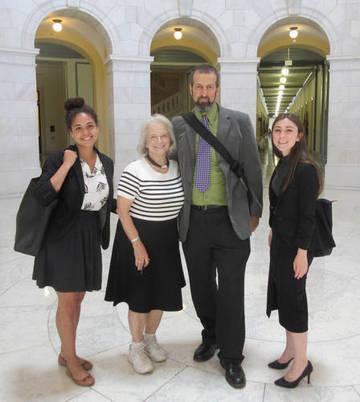 Pix 1 - Peace Alliance delegation lobbying for DoP <span>&copy;  </span>