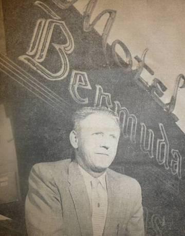 Whitey Litchfield in front of the Bermuda Palms,1959 <span>&copy; Marin IJ, Jan. 10, 1959 </span>