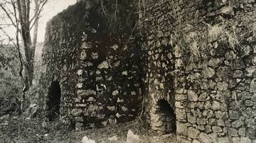 At the Lime Kilns, c.1900,  photograph by Gertrude Southworth, Courtesy of Bolinas Museum, Southworth Archives. <span>© Bolinas Museum </span>