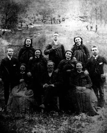 Dalessi Family in Cavergno, Vallemaggia <span>© Olivia Dalessi </span>