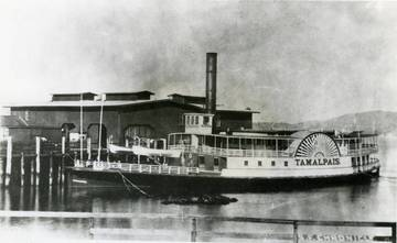 "Ferryboat ""Tamalpais"" <span>&copy; S.F. Chroncile/Kent Room </span>"