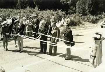 September 24, 1938 ribbon cutting of SFD Blvd. after realignment <span>&copy; Anne T. Kent Room </span>