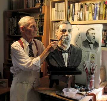 Sculptor Howard Lazar working on bust of Peter Donahue <span>&copy; Tiburon Depot Museum </span>