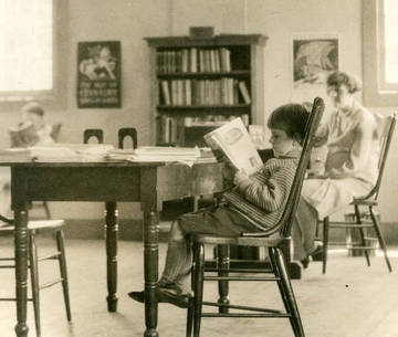 Trivia expert at the Novato Branch of the Marin County Free Library, 1928 <span>&copy; Anne T. Kent Room </span>