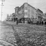 View northwest on Columbus (then Montgomery Avenue). At center, the California Hotel, at 1001-1017 Kearny/200-214 Montgomery Avenue, built in 1874. OpenSFHistory / wnp26.351.jpg. <span>&copy; SFOpenHistory </span>