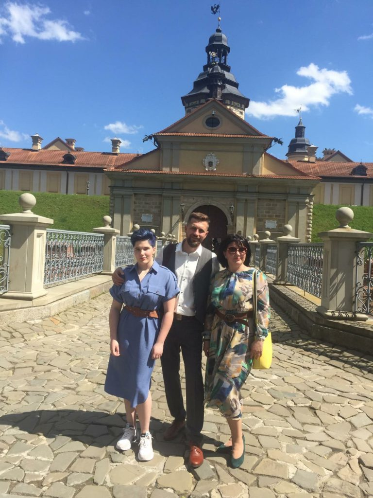 Yuri Korzun with his wife and daughter. | Photo courtesy of Korzun family