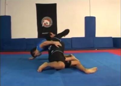 Circulo 1.06   salida de posicion arrodilladodominio frontal sentandose hacia un lateral on vimeo