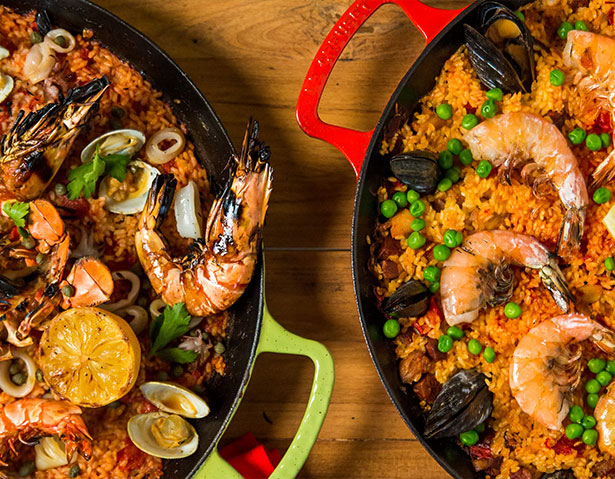 Paella Pan of seafood