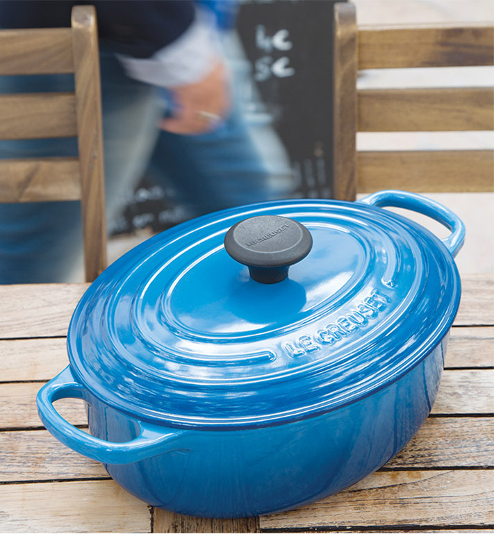 3.5  Qt. Oval Wide Dutch Oven