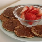 {3 Ingredient} Flourless Pancakes