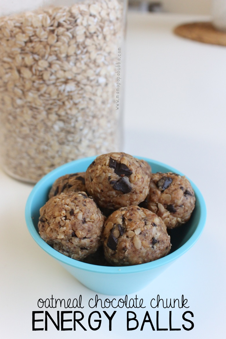 Oatmeal Chocolate Chunk Energy Balls | Mama Papa Bubba