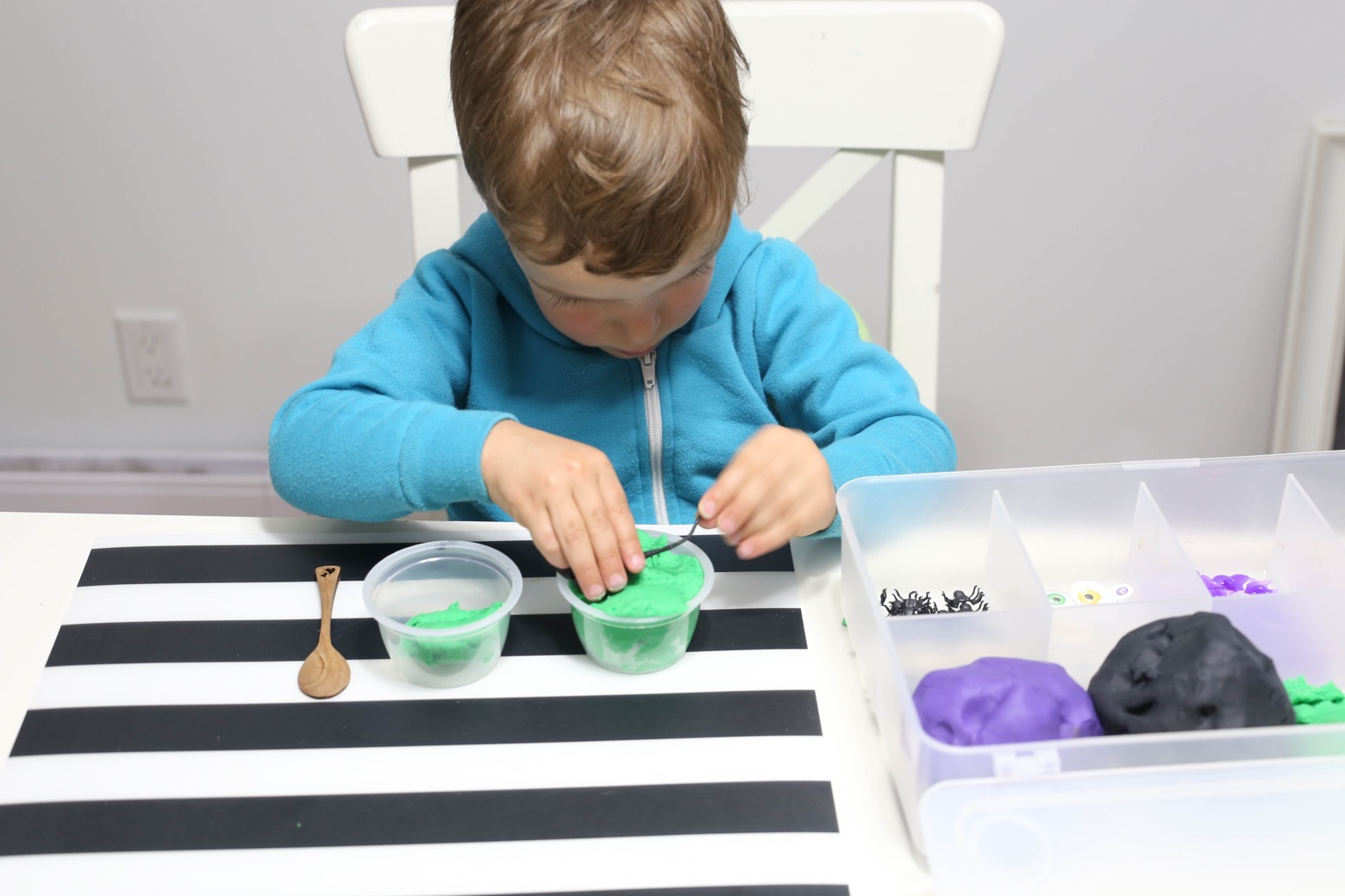 Witch's Brew Play Dough Kit | Mama.Papa.Bubba.