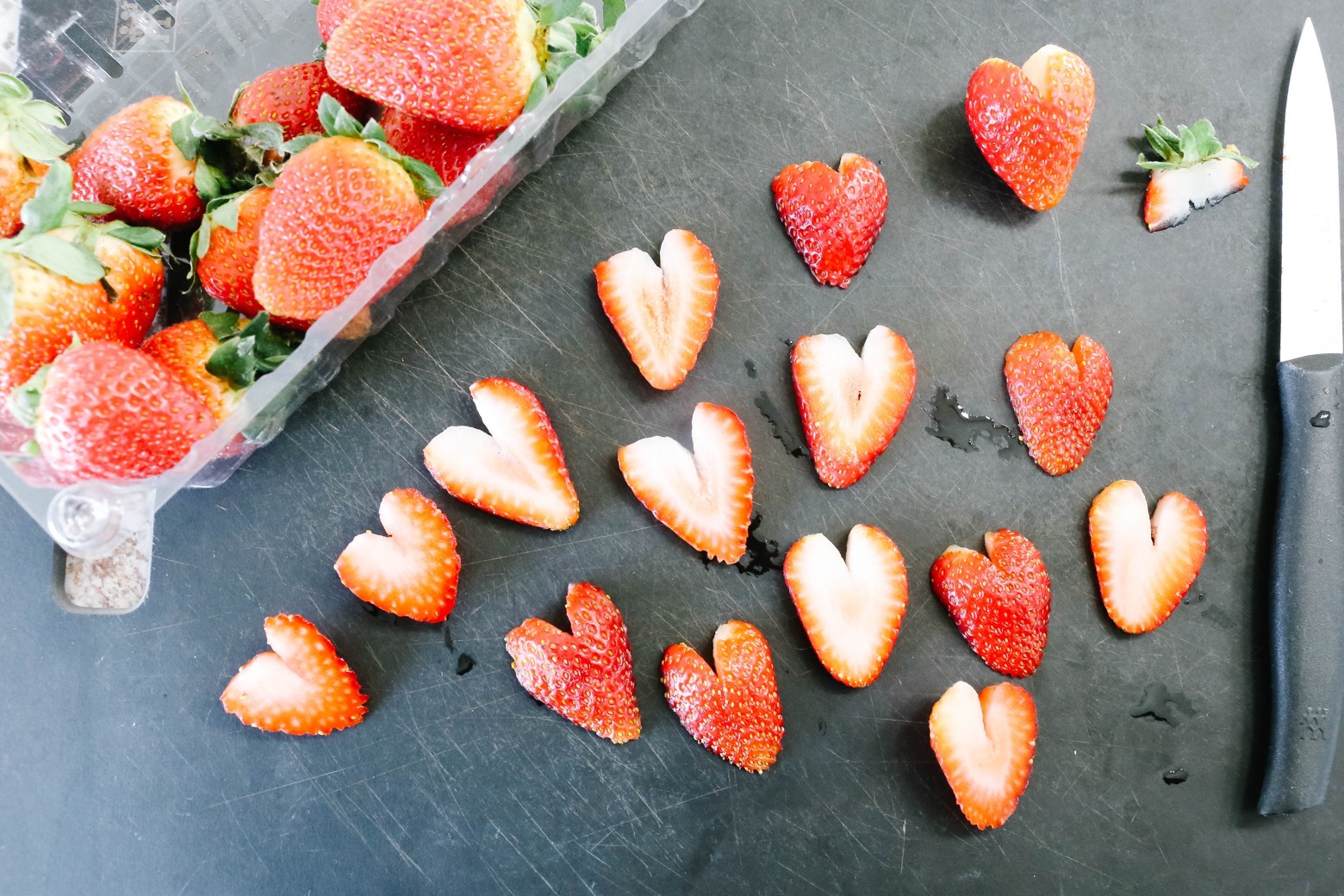 Strawberry Ice Cream Chia Pudding Parfaits | Mama.Papa.Bubba.