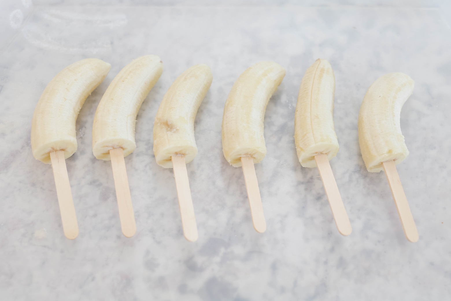 Chocolate Covered Frozen Banana Pops | Mama.Papa.Bubba.