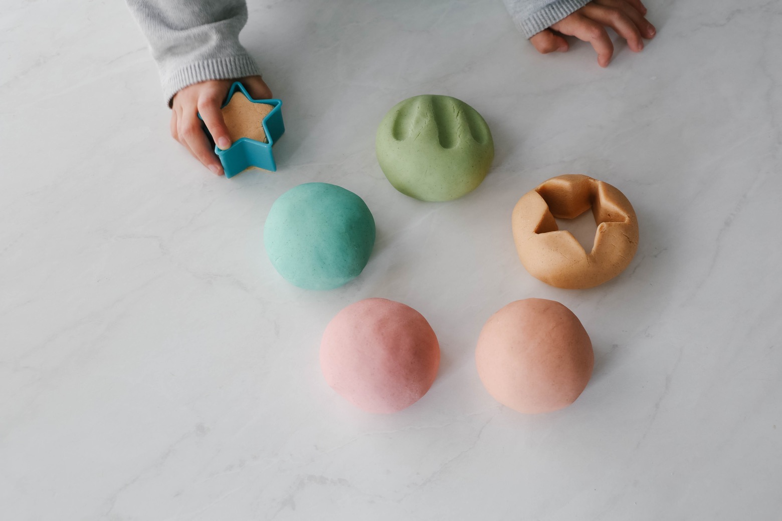 Soft Squishy Gluten Free Play Dough | Mama.Papa.Bubba.