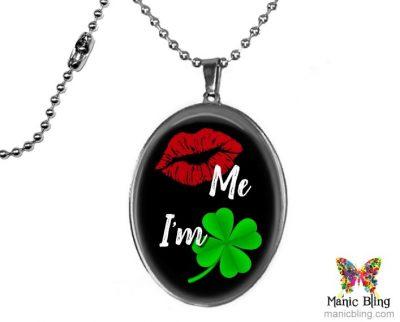 Large Kiss Me Pendant St. Patrick's Day