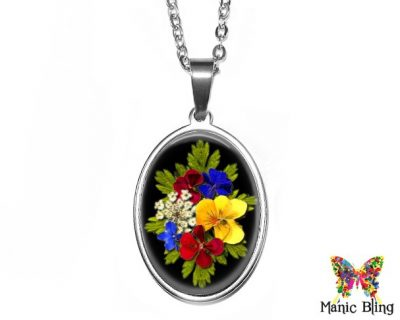 Pressed Flowers Black Pendant 18x25mm oval