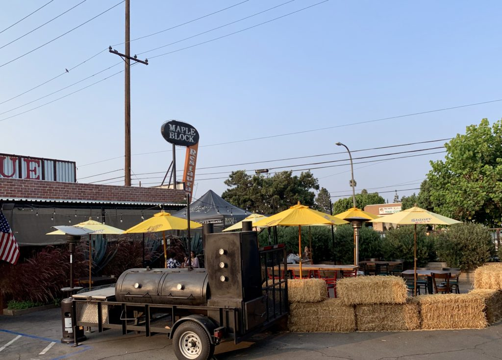 Outdoor Patio Service at Maple Block - outdoor dining