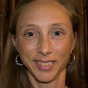 christina callicott headshot