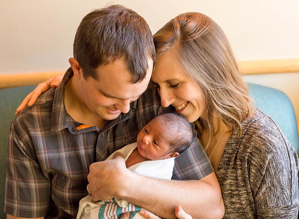 Connected-with-birthmom-on-adoptimist