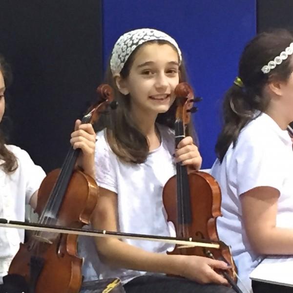 Fam-nora-violin
