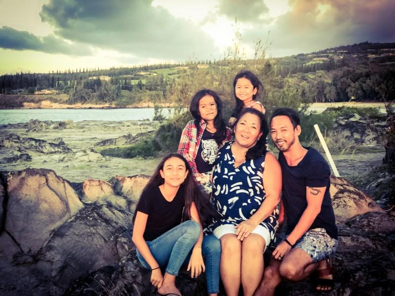 Roger's family in Maui.