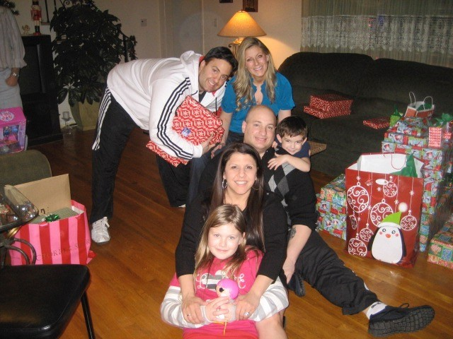 niki & billy with billy's brother, his wife, & their kids at christmas