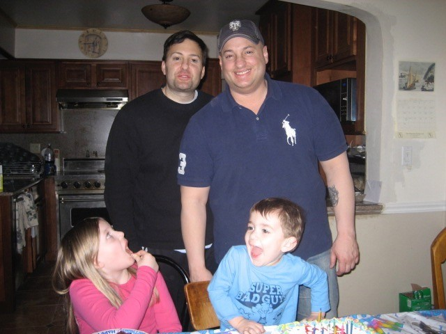billy with his brother, niece & nephew