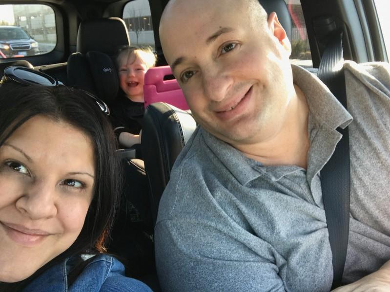 billy, niki & alexa family selfie