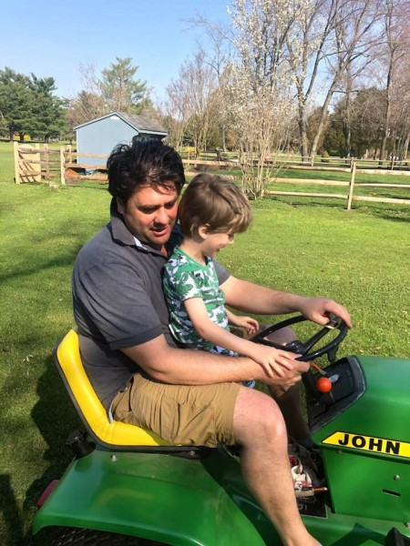 Family life-tractor ride