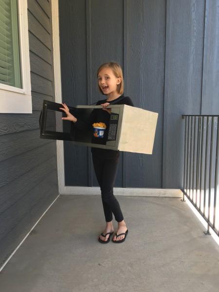 Ava microwave costume