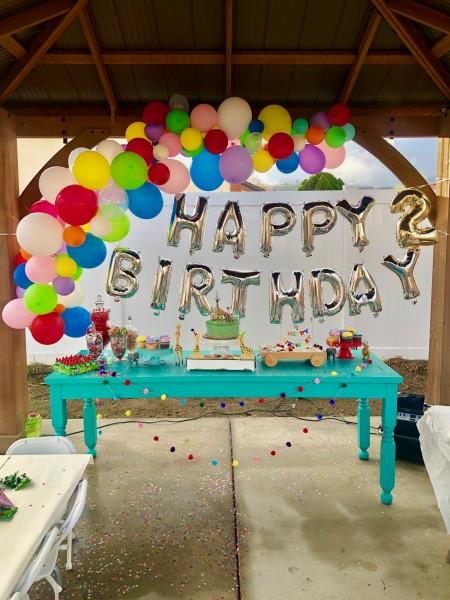 Birthday treat table