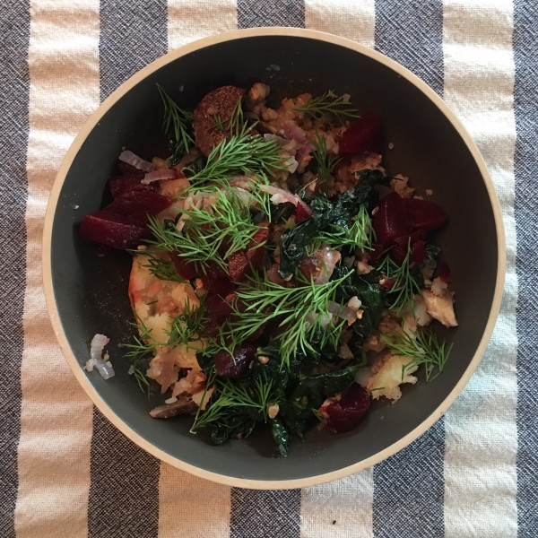 Today's yummy lunch (buckwheat with beets, kale, onions, dill, and potato)