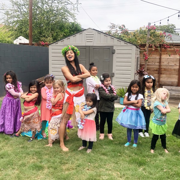 Moana came to this friends 5th birthday party and everyone learned the stance.