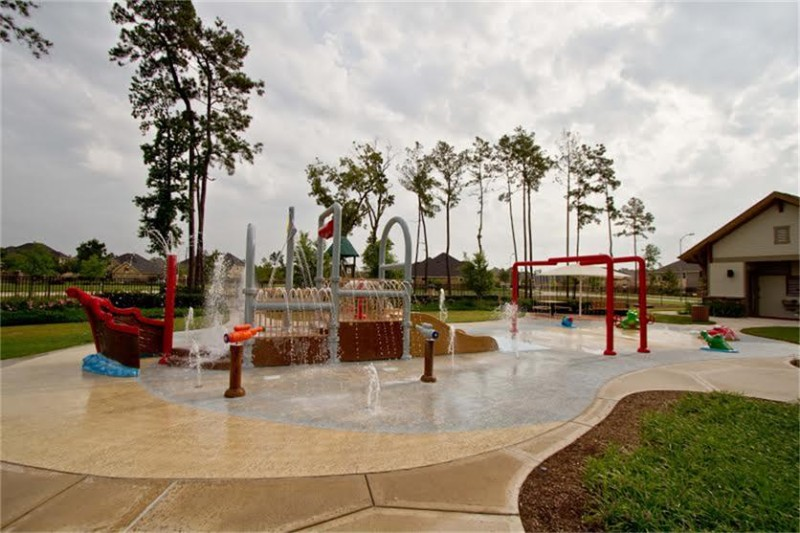 Our favorite splash pad right down the street from our house. We walk here often. It's quite safe for the little ones.