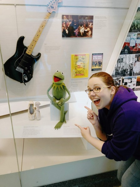 Annie poses for a pic with the original Kermit at the Smithsonian