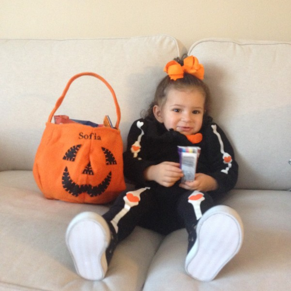 Take cute Halloween pictures!