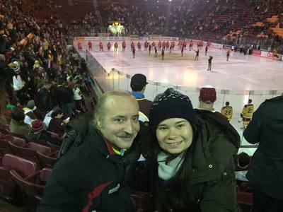 We love hockey!