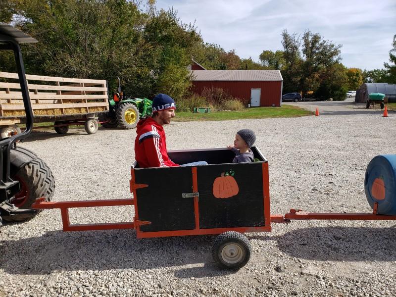 Family trip to Pumpkin Farm_getting ready for the a train ride