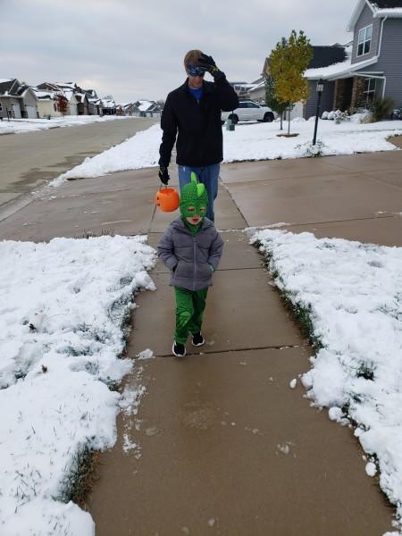 We had snow this Halloween!